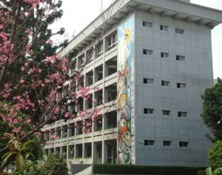 優雅且設備充足的教學大樓
